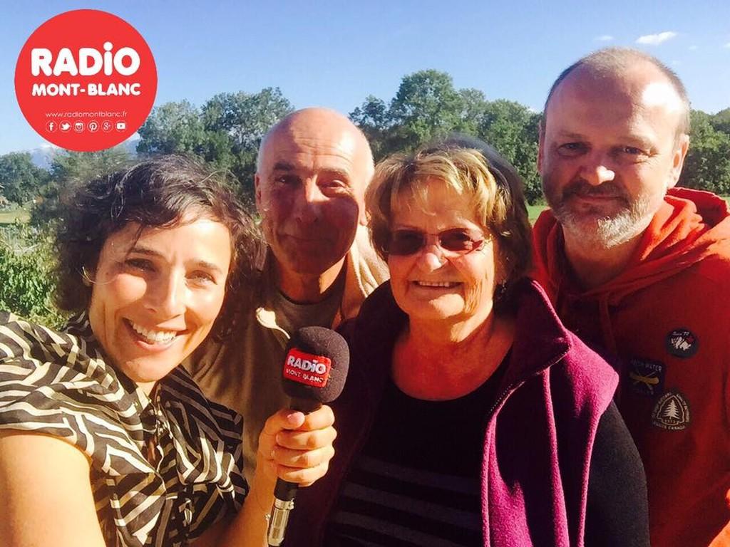 Jean-Pierre, producteur, Ollivier, vice-président, Annemarie, webmestre avec Jessica de Radio Mt-Blanc