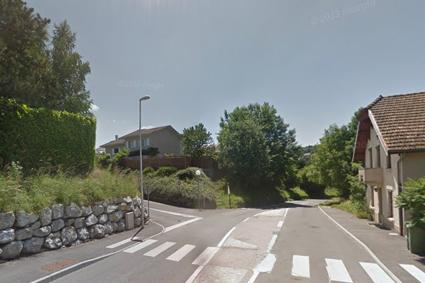 237 route de Morlange à Reignier Tournez à gauche et c'est au fond de l'impasse
