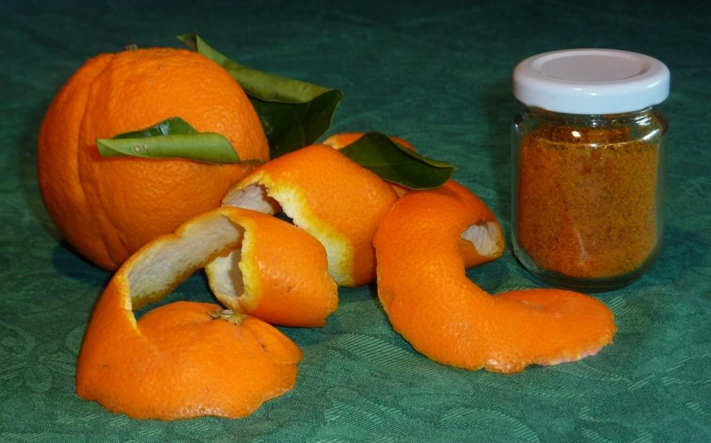 Zestes d'oranges réduits en poudre